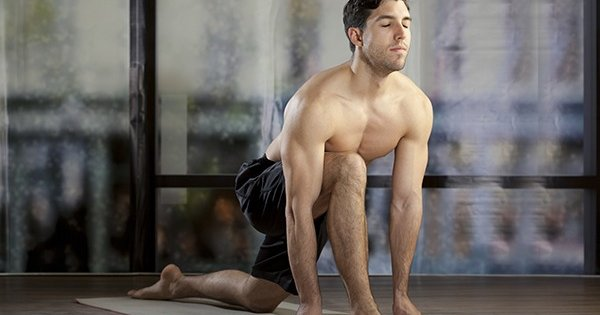 10 Great Yoga Poses For Men
